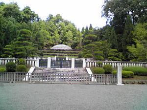 多摩御陵d.JPG